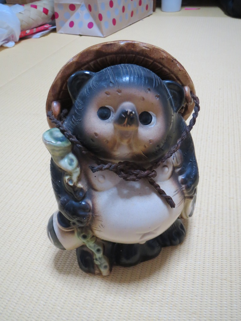 My one purchase unrelated to kimono.  This is a small statue of a tanuki.