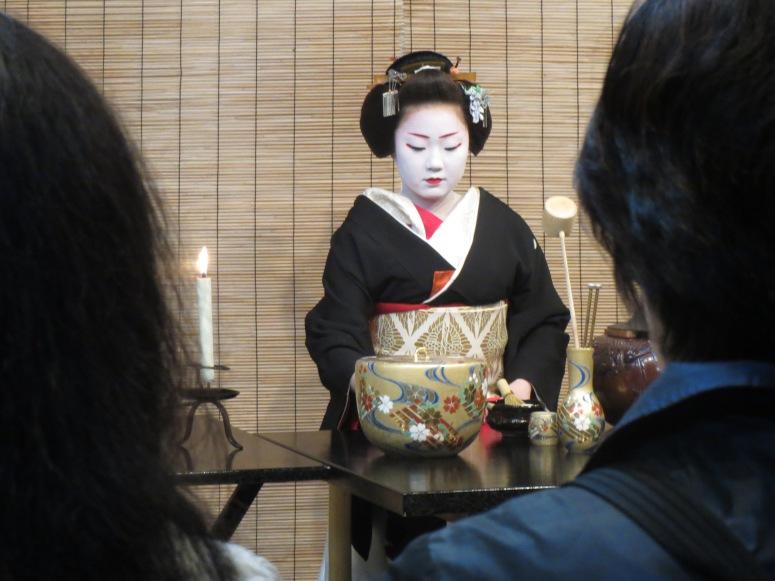 The geiko preparing the tea.